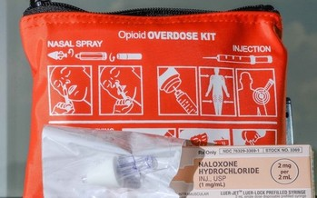 Regional overdose-prevention specialists in Tennessee have given away 35,000 units of naloxone across the state. (@monsterphotoiso/Twenty20)