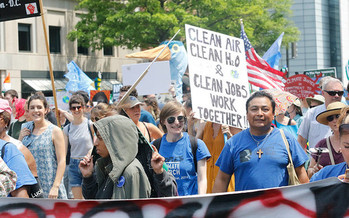 Oregon lawmakers are considering an ambitious bill to cap greenhouse gas emissions. (Waterkeeper Alliance Inc./Flickr)