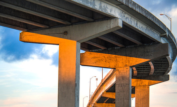 Kentucky ranks 19th nationally for more than 1,000 deficient bridges in need of repair, according to the Kentucky Chamber of Commerce. (Adobe Stock)