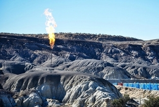 Operator data from New Mexico's Oil Conservation Division shows that venting by the oil and gas industry increased by 56% and flaring by 117%, in 2018. (Wild Earth Guardians)