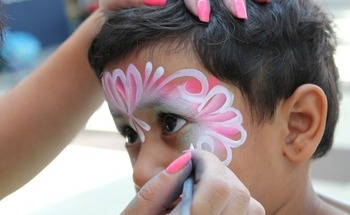 Health centers in Colorado are celebrating National Community Health Center Week with face painting and other festivities across the state. (NeedPix)