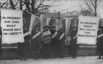 North Dakota became the 20th state to ratify the 19th Amendment in December 1919. (Library of Congress/Wikimedia Commons)