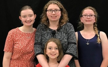 Charlotte Crotts with her daughters, two of whom were born with rare congenital heart defects. (American Heart Assn. Mid-Atlantic Affiliate)