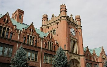 The inflation-adjusted average cost of a year of college education in Idaho is six times higher than it was in 1980. (Apstrinka/Wikimedia Commons)