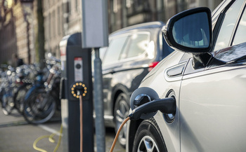 Most people drive fewer than 50 miles per day, and the range of many electric vehicles is more than 200 miles. (malajscy/Adobe Stock)