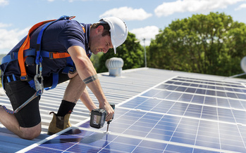 More than 400 companies in North Carolina are involved in the solar industry. (Adobe Stock)