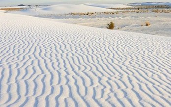 A 2018 study found that designation of White Sands National Monument as a national park could increase visitation by 21 percent and boost spending in local communities by $7.5 million. (nps.gov)