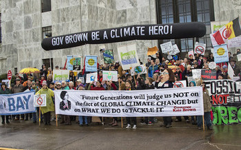 Environmental groups want the Oregon legislature and Gov. Kate Brown to take action to curb climate change next year. (Backbone Campaign/Flickr)