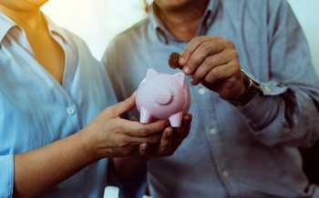 The average public pension in Arizona provides a retirement income of $1,992 per month.  (gballgiggs/Adobe Stock)