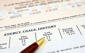 A bill in the Iowa Legislature would require landlords to disclose monthly utility costs before renting out a unit, but unlike similar laws, would not require that they make energy-saving upgrades. (Adobe Stock)