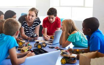 Unos 330 mil pequeños de Washington esperan un programa para después de clases. (Monkey Business/Adobe Stock)
