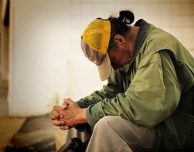 A lack of access to food, shelter and basic hygiene by those experiencing homelessness make them particularly vulnerable to COVID-19. (Leroy_Skalstad/Pixabay)