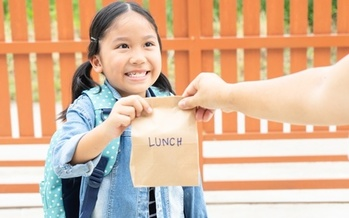 Some Missouri school districts are offering grab-and-go lunches to students while classes are out. (AdobeStock)