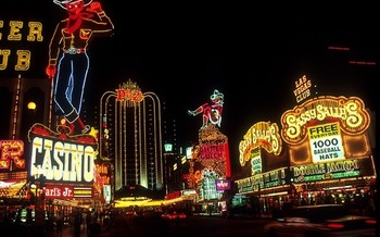 Hotels and casinos in southern Nevada employed about 164,400 people in 2018, accounting for 16.8% of the region's total employment. (Skeeze/Pixabay)