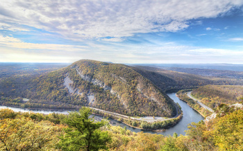 The Delaware is the longest free-flowing river east of the Mississippi. (Joshua/Adobe Stock)
