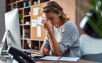 Mental-health professionals say the stay-at-home precautions to counter the coronavirus pandemic are causing many people to develop feelings of stress, anxiety and isolation. (Rido/Adobe Stock)<br />