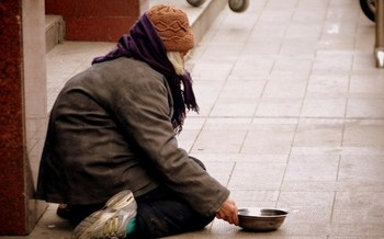 People experiencing homelessness are two to three times more likely to need critical care, require hospitalization and suffer death from COVID-19. (Peter Griffin)
