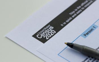 El Censo puede ser llenado por correo, en línea o por teléfono llamando al 844-330-2020. (Tada Images/Adobe Stock)