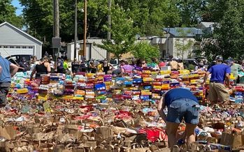 Thousands of bags of food and other supplies have been donated to Twin Cities communities that saw heavy business damage during the George Floyd protests. (LittleLioness6/Twitter)