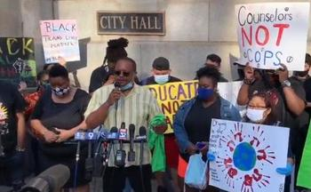 Alderman Roderick Sawyer of Chicago's 6th Ward introduced an ordinance that would end the Chicago Public Schools' security agreement with the Chicago Police Department. (VOYCES)
