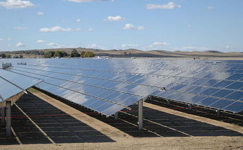 Most of Wyoming's solar energy currently comes from the Sweetwater Solar farm, which went online in 2018. (Wikimedia Commons)