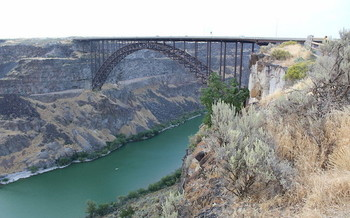 Runoff from dairy and farming operations contains nitrogen that is affecting drinking water for people in Twin Falls and other parts of eastern Idaho. (Mark Gunn/Flickr)