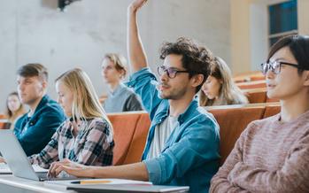 Una profesora de CSU dice que luego de tomar su curso de sociología, aproximadamente uno de cada cuatro estudiantes reporta haber aprendido a ser