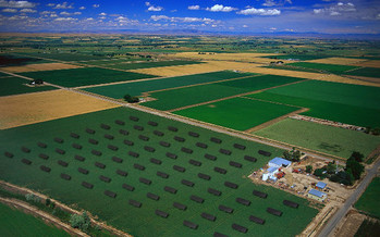 Irrigation incurs big costs for Idaho farmers that can be offset by solar projects. (David Frazier/Flickr)