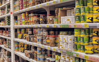 In the pandemic economy, nearly one in eight U.S. households doesn't have enough to eat. (Adobe Stock)