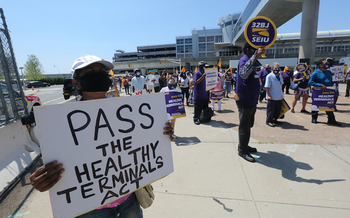 Workers rallied at John F. Kennedy International Airport in New York when the Healthy Terminals Bill was passed in July. (Photo: 32BJ SEIU)