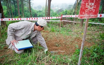 The organization PeaceTrees Vietnam clears 18 to 20 mines a day in the central part of the country. (PeaceTrees Vietnam)