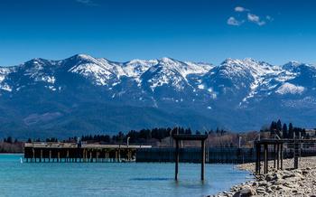Flathead Lake has 180 miles of shoreline but fewer than 20 access sites. (David/Adobe Stock)