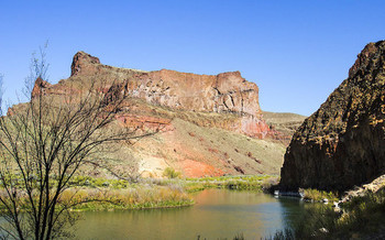 A popular rafting and camping destination, the Owyhee Canyonlands stretch across southeastern Oregon's border with Idaho. (Bonnie Moreland/Flickr)