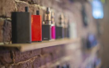 Una ley estatal de 1996 prohíbe que los estatutos locales de Kentucky dirijan la comercialización y venta de productos de tabaco. (Adobe Stock)