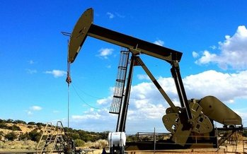 If House Bill 11 becomes law, oil and gas producers would be able to claim severance-tax exemptions when prices are low, and high. (Arek Socha/Pixabay)