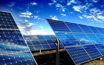 Los expertos han clasificado a Nuevo México como el segundo país del país en potencial solar y el sexto en potencial de energía eólica. (news.unm.edu)