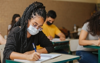 College students who are eligible for financial assistance are now also eligible for SNAP benefits under a new, temporary extension of the government nutrition program. (Brastock/Adobe Stock)