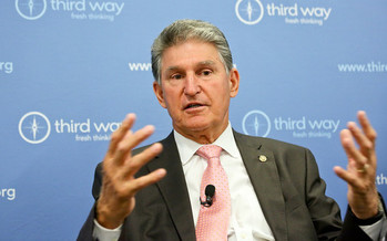 U.S. Sen. Joe Manchin, D-W.Va., speaks at a breakfast discussion in 2017. <br />(Flickr/Third Way Think Tank/license: https://creativecommons.org/licenses/by-nc-nd/2.0/)