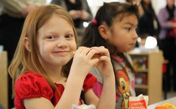PHOTO: Serving breakfast in the classroom has been an effective strategy for getting more kids to start the day with a healthy meal, but few Utah schools do it. Courtesy Food Research & Action Center.