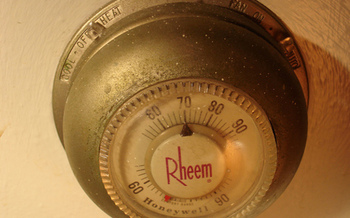 PHOTO: The new report �Turning Up the Heat II� says the thermostat industry's voluntary recycling program has captured only 8% of the mercury thermostats that have come out of service in the past decade. CREDIT: Stephen Cummings