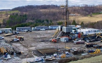 PHOTO: A new report finds that while fracking has created jobs and helped some drilling-intensive areas from the worst effects of the recession, the actual number of jobs is far below industry claims. Photo courtesy of Environment Ohio.