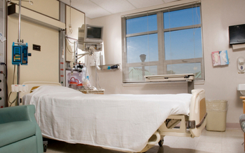 PHOTO: Would hospital care improve if people were given enough price and quality information to comparison-shop for their non-emergency health needs? The health-care workers' union SEIU thinks so. Photo credit: iStockphoto.com.