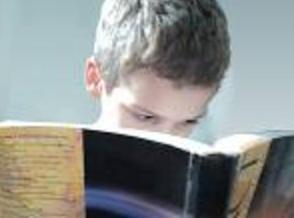 A report from the Annie E. Casey Foundation shows six out of ten Pennsylvania fourth-graders aren't reading proficiently.  Photo courtesy of publicdomainpictures.net.