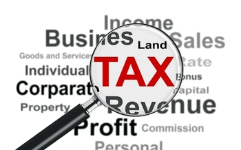 PHOTO: An examination of five years of U.S. tax records for 288 major corporations shows few pay the full corporate tax rate, and 26 paid no federal income tax at all, from 2008 to 2012. Image credit: iStockphoto.com.