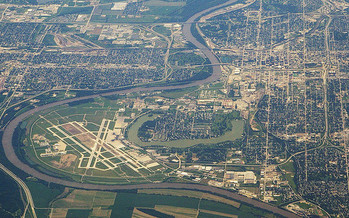 PHOTO: On the Iowa/Nebraska border, what you pay for health insurance may depend on which side of the Missouri River you live. That's the finding of a new survey of 16 border counties. Photo credit: Ron Reiring/Flickr