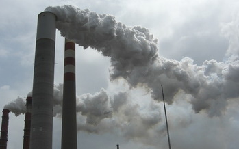 PHOTO: Advocates for energy independence say the recent climate change report lends urgency to the soon-to-be-released new carbon emission standards on coal-fired power plants. Photo courtesy Sierra Club.