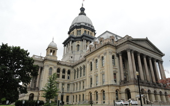 PHOTO: Some experts say if Illinois lawmakers don't maintain current tax rates, the state faces a $2 billion budget shortfall in FY 2015. Photo credit: Meagan Davis/Wikimedia Commons.